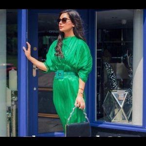 Zara pleated dress sz small green